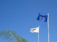 Inséparables, ces deux-là (vous êtes naturellement conscient que le drapeau européen n'est pas réglementaire)